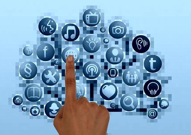 情報共有は「情報共有ツール」の利用がおすすめ!